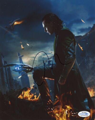 Tom Hiddleston Loki Autographed Signed 8x10 Photo ACOA