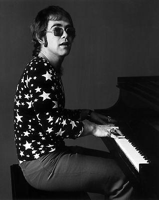 "Elton John 10"" x 8"" Photograph no 3"