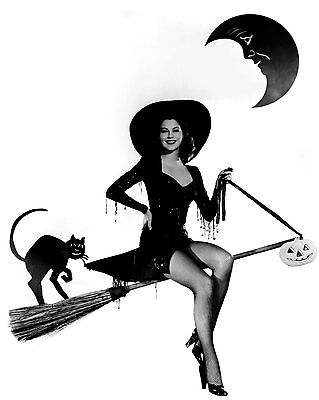 AVA GARDNER ON A BROOM AS A WITCH - 8X10 HALLOWEEN PUBLICITY PHOTO (ZZ-000) - Halloween Witch On A Broom