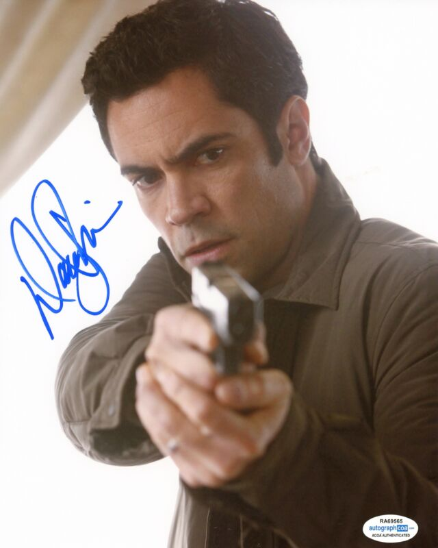 "Danny Pino ""Law & Order: SVU"" AUTOGRAPH Signed 8x10 Photo ACOA"