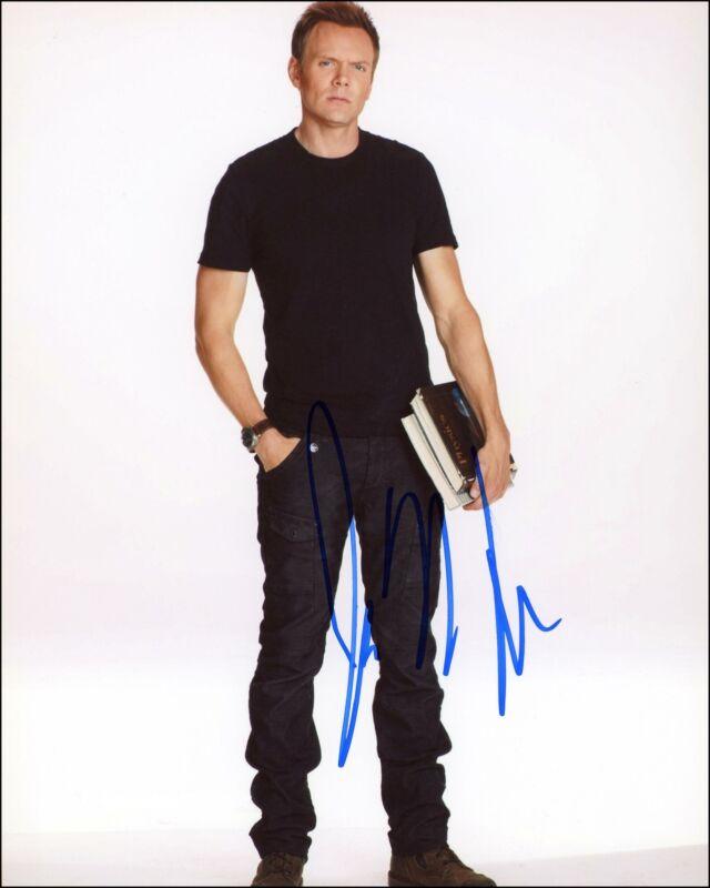 """Joel McHale """"Community"""" AUTOGRAPH Signed 'Jeff Winger' 8x10 Photo B"""