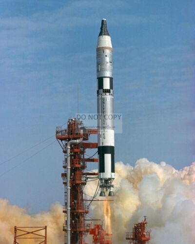 LAUNCH OF GEMINI 3 SPACECRAFT- 8X10 NASA PHOTO (EP-796)