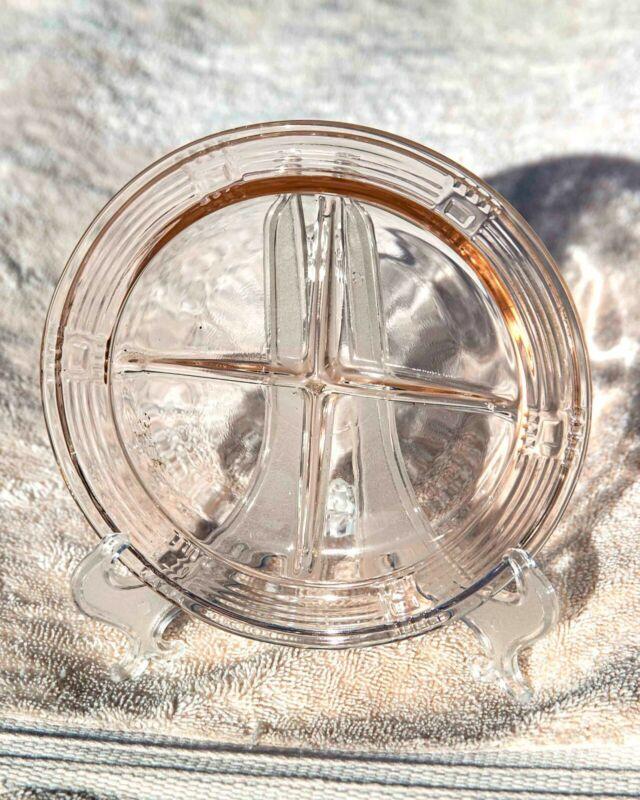 """Vintage Hazel Atlas Criss Cross Pattern PINK 5 1/4"""" Bowl Lid"""