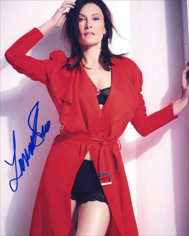 "Laura Benanti ""Supergirl"" AUTOGRAPH Signed 8x10 Photo ACOA"