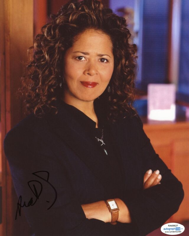 """Anna Deavere Smith """"The West Wing"""" AUTOGRAPH Signed 8x10 Photo B ACOA"""