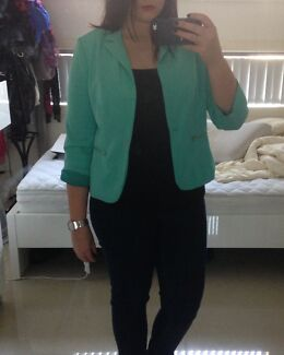 Dotti jacket size 12 Pendle Hill Parramatta Area Preview
