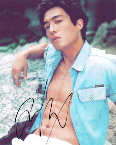 Daniel Henney Signed Autograph 8x10 Photo Criminal Minds Hot Shirtless Actor COA