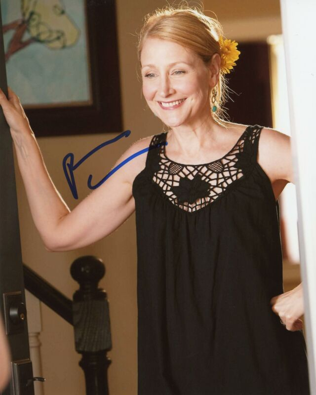 """Patricia Clarkson """"Easy A"""" AUTOGRAPH Signed 8x10 Photo"""