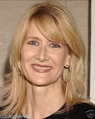 Laura Dern 8 X 10 Glossy Photo Picture