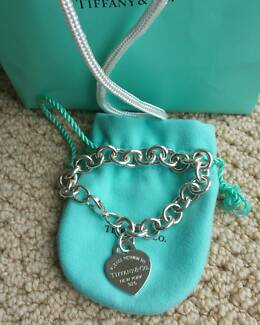 Tiffany & Co Classic Heart Bracelet with Receipt. New Condition