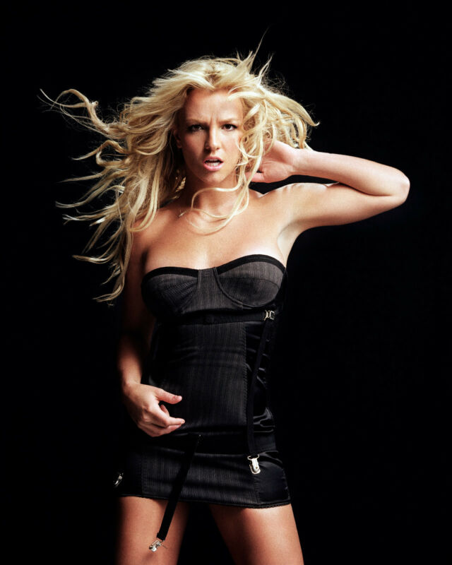 BRITNEY SPEARS 8X10 PHOTO PICTURE PIC HOT SEXY IN LINGERIE  23
