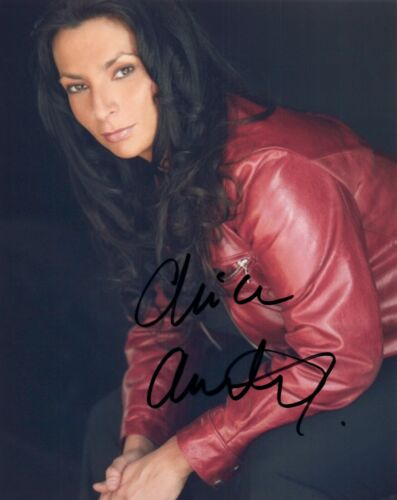 Alice Amter Signed Autographed 8x10 Photo The Big Bang Theory Actress COA