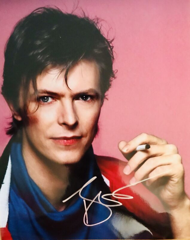 Price drop David Bowie Two Available ORIGINAL SIGNED  8x10 Photo.BEAUTIFUL PHOTO