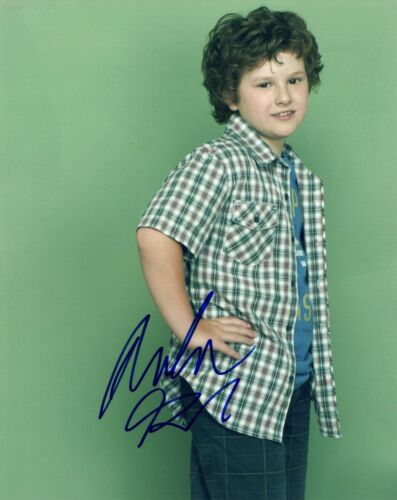 Nolan Gould Signed Autographed 8x10 Photo Modern Family Luke COA AB