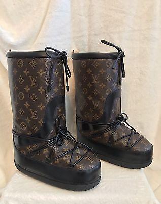 New  Rare Louis Vuitton Monogram Snow Days Moon Boots Shoes Apres Ski 38  8 5  9