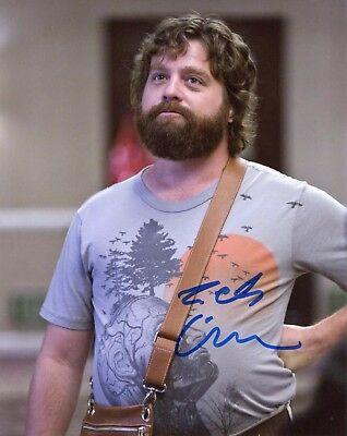 Zach Galifianakis Authentic Hand Signed  Alan   The Hangover   8X10 Photo
