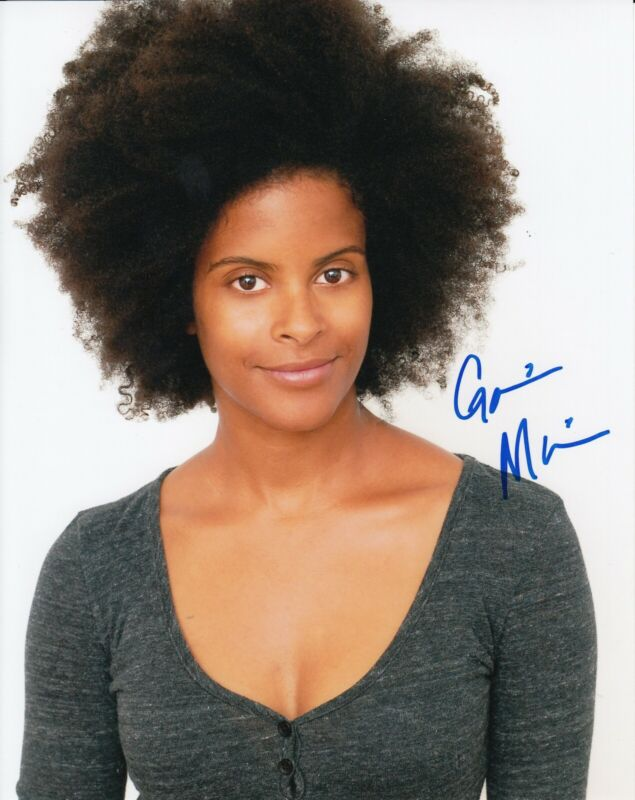 GABRIELLE MAIDEN signed (STRANGER THINGS) TV SHOW 8X10 photo *Mick* W/COA #3