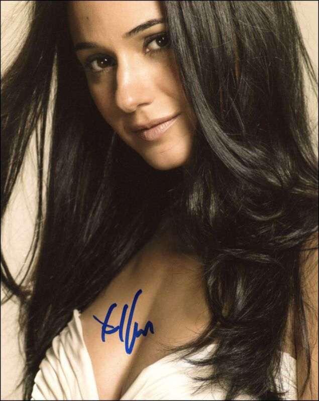 "Emmanuelle Chriqui ""Entourage"" AUTOGRAPH Signed 8x10 Photo E ACOA"