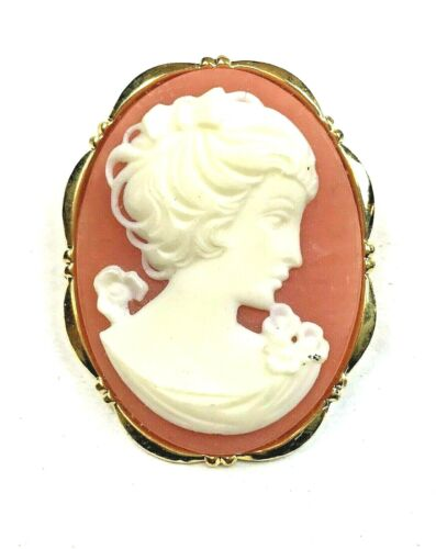 Cameo Pin Gold Tone Ivory Apricot Light Weight Costume Jewelry Brooch Vintage