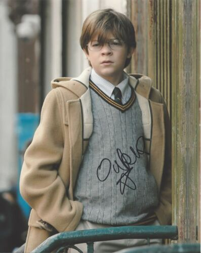 ACTOR OAKES FEGLEY HAND SIGNED 8x10 PHOTO A w/COA THE GOLDFINCH MOVIE THEO