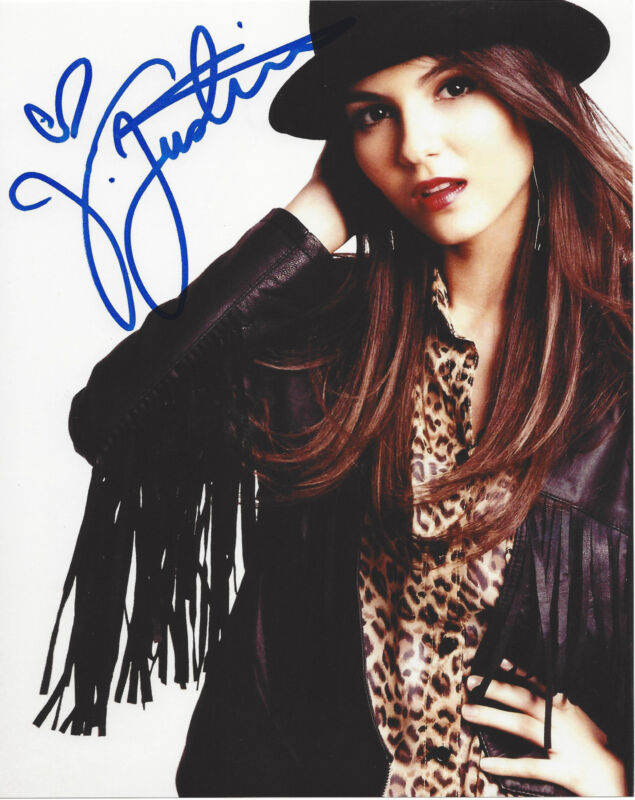VICTORIA JUSTICE SIGNED AUTHENTIC 'VICTORIOUS' 8X10 PHOTO B w/COA DISNEY STAR