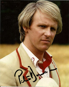 PETER-DAVISON-5th-FIFTH-DR-WHO-SIGNED-AUTOGRAPH-6-x-4-inches-PRE-PRINTED-PHOTO
