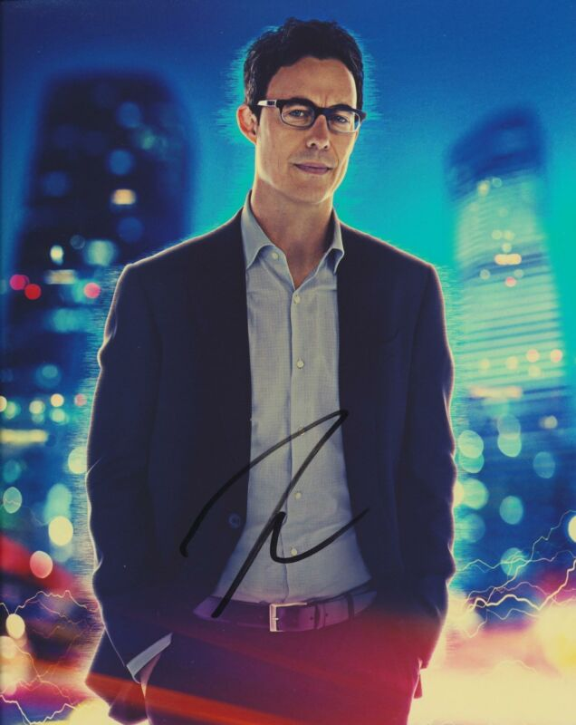 TOM CAVANAGH SIGNED THE FLASH 8X10 PHOTO 3