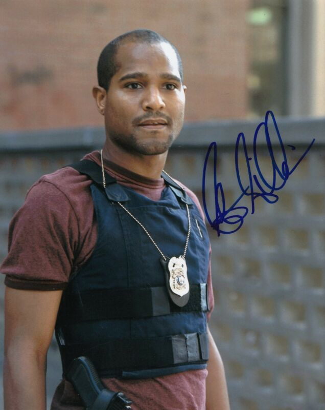 SETH GILLIAM signed (THE WIRE) 8X10 photo *ELLIS CARVER* W/COA