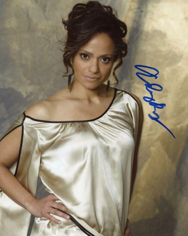 "Judy Reyes ""Scrubs"" AUTOGRAPH Signed 8x10 Photo ACOA"