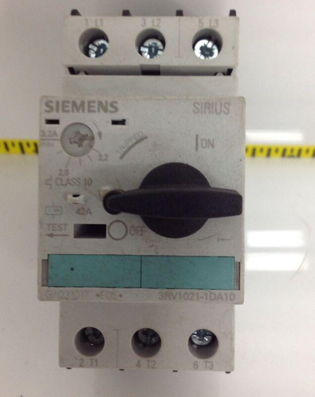 SIEMENS MOTOR STARTER PROTECTOR 3RV021-1DA10