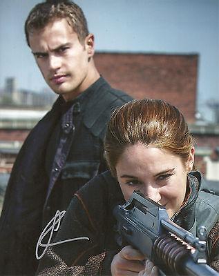 Shailene Woodley Divergent Beatrice Tris Prior Signed 8X10 Picture  Coa 1