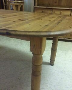 Country style dining table & chairs