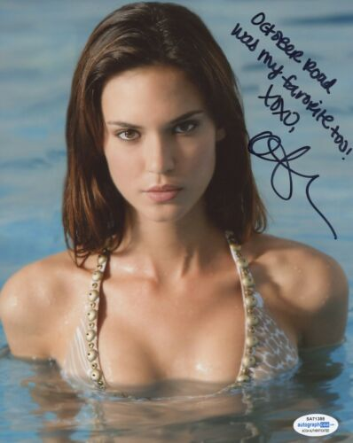 Odette Annable Autographed Signed 8x10 Photo ACOA