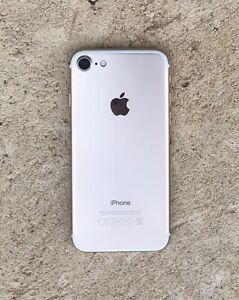 LIKE NEW IPhone 7 - 100% battery