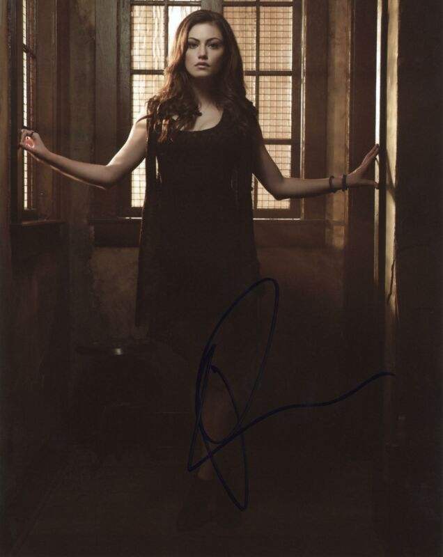"Phoebe Tonkin ""The Originals"" AUTOGRAPH Signed 8x10 Photo G"