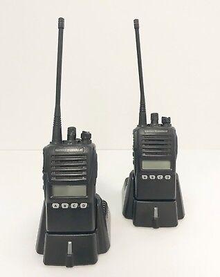 Vertex Standard Vx-354 Uhf Portable 2-way Radios Wwhip - Pair
