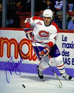 J-J-DAIGNEAULT-signed-MONTREAL-CANADIENS-8X10-PHOTO-COA