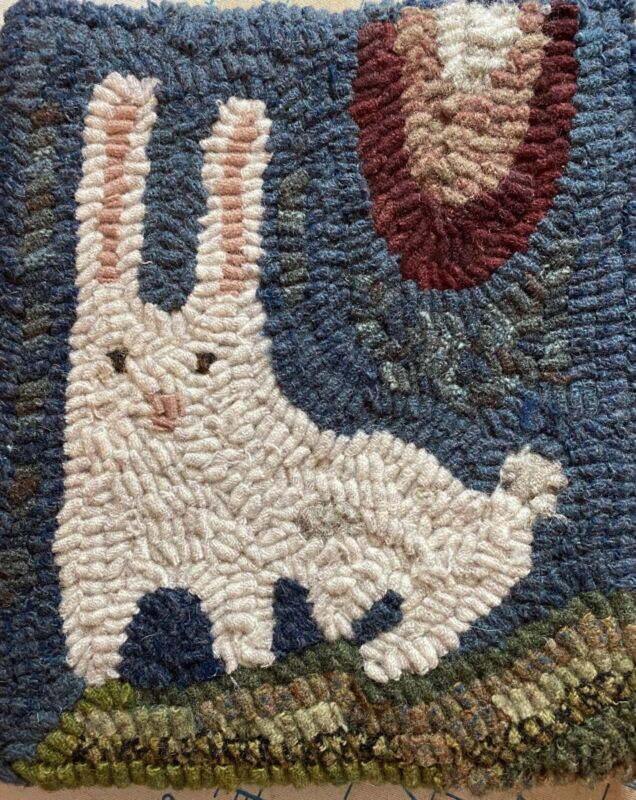 Hand Hooked Primitive Wool Rugs