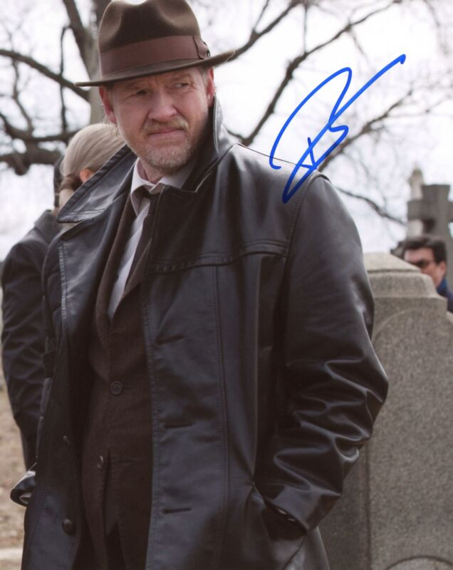 "Donal Logue ""Gotham"" AUTOGRAPH Signed 8x10 Photo B"