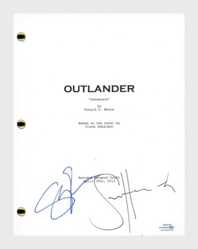 Sam Heughan & Sophie Skelton Signed OUTLANDER Pilot Episode Script ACOA COA