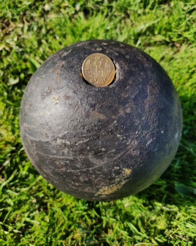 320years old antique piggy bank vintage cannonball 8.5 kg(18.7 lb),15 cm(6 in)