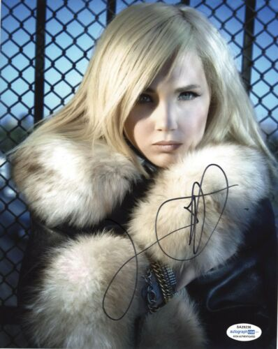 Juno Temple Sexy Ted Lasso Autographed Signed 8x10 Photo ACOA 2020-4