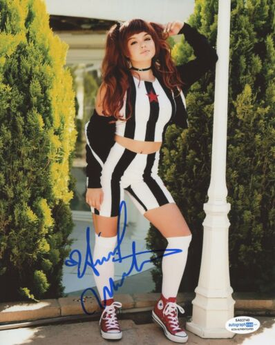 Ariel Winter Modern Family Autographed Signed 8x10 Photo ACOA