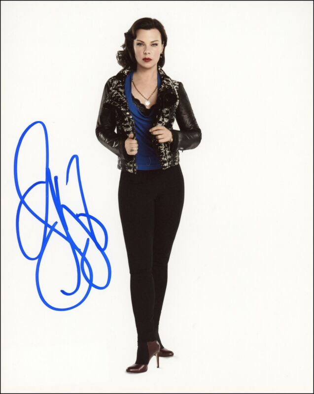 "Debi Mazar ""Younger"" AUTOGRAPH Signed 'Maggie' 8x10 Photo ACOA"