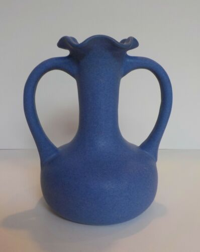 Very Nice Vintage Niloak Arts & Crafts Pottery Vase OZARK Blue CE Rare Matte WOW