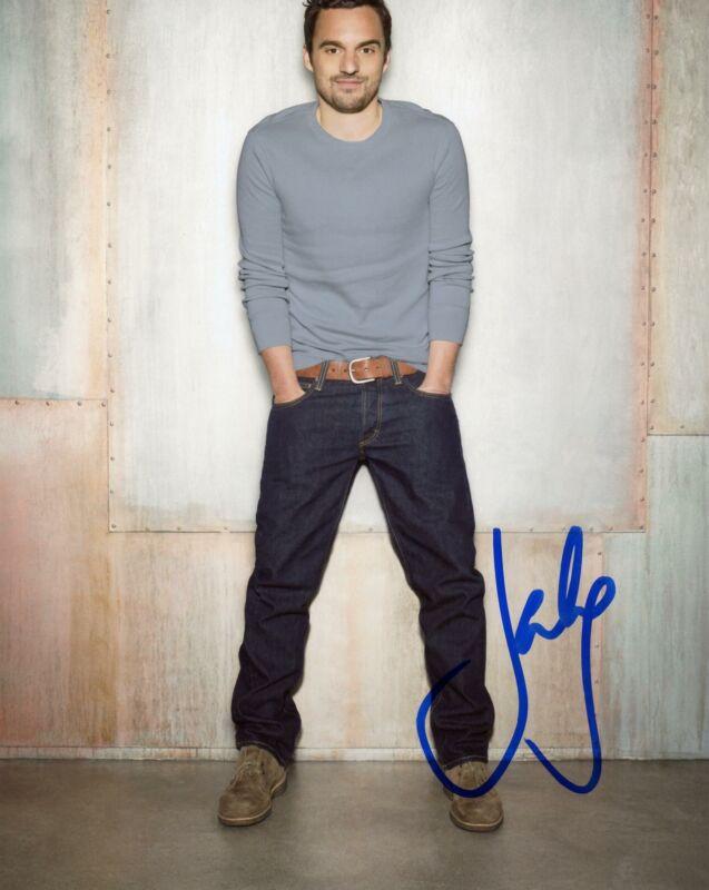 "Jake Johnson ""New Girl"" AUTOGRAPH Signed 8x10 Photo H ACOA"