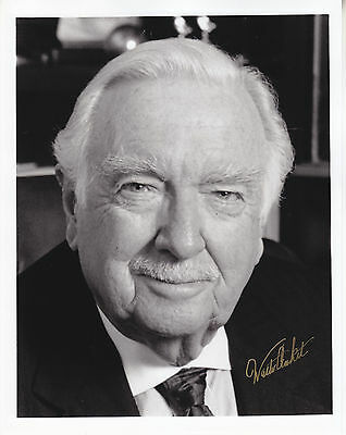 WALTER CRONKITE hand signed 8x10 autographed photo ] photograph