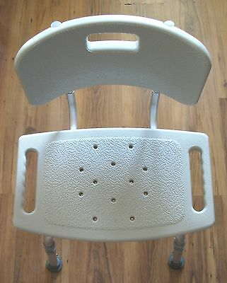 (Drive Medical 12202KD-1 Safety Shower Chair Bath Seat Aluminum & Molded Plastic)