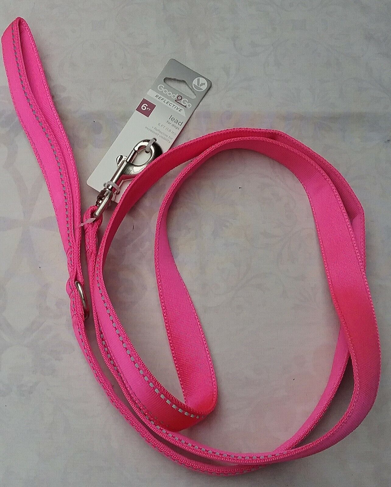 NEW GOOD TO GO REFLECTIVE LEASH, FLUORESCENT PINK, 6 LONG - $13.50