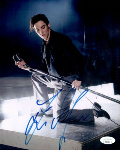 JONATHAN RHYS MEYERS Signed ELVIS PRESLEY 8x10 Photo Autograph JSA COA